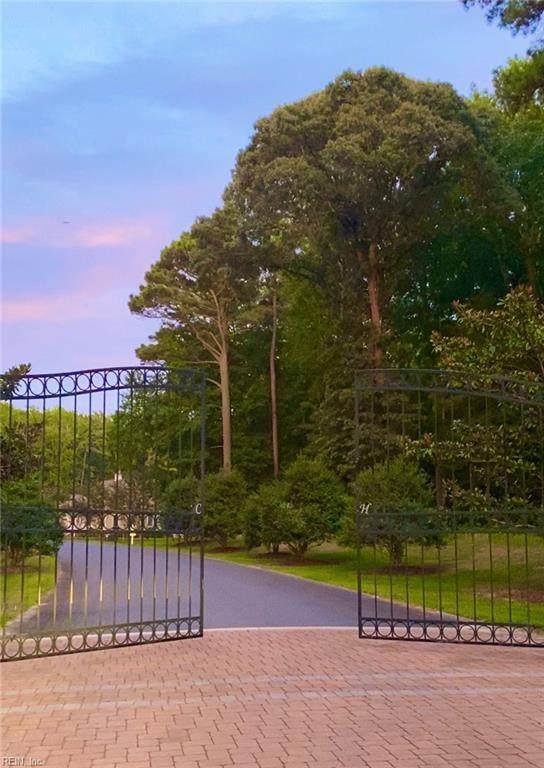 34 Corbin Hall Ln, Accomack County, VA 23395 (#10395157) :: The Kris Weaver Real Estate Team