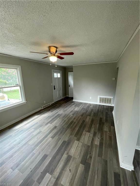 766 Burksdale Rd, Norfolk, VA 23518 (#10397579) :: Berkshire Hathaway HomeServices Towne Realty