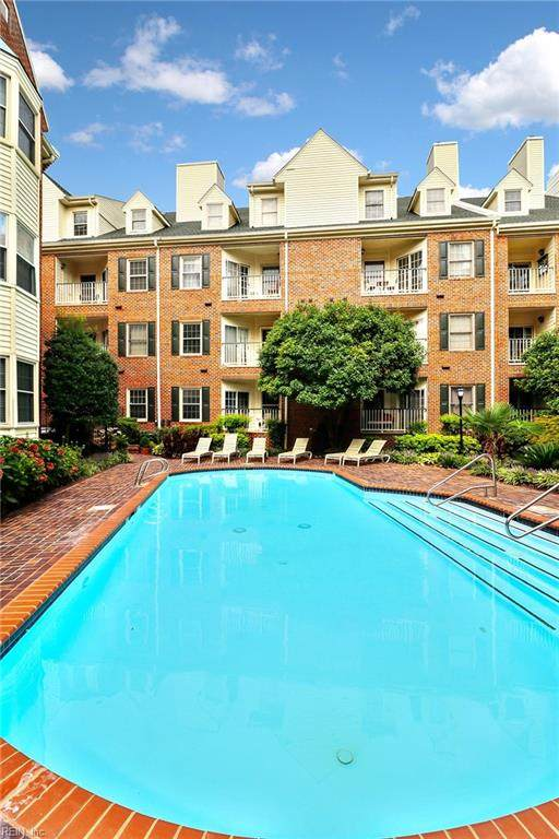 230 College Pl #236, Norfolk, VA 23510 (#10400890) :: RE/MAX Central Realty
