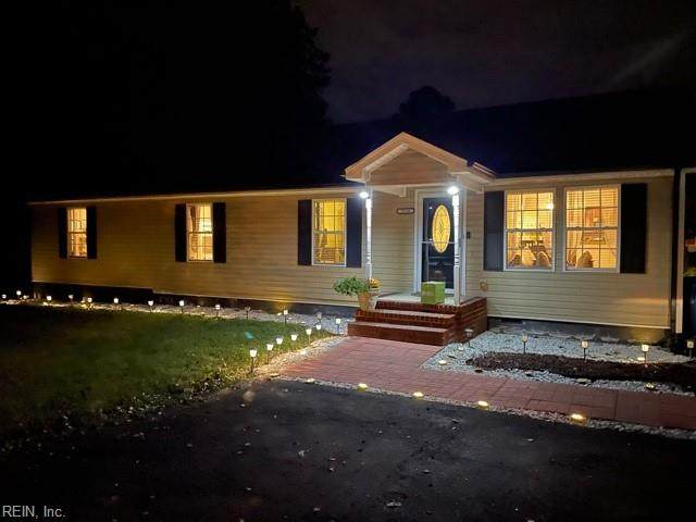 5116 Old Pughsville Rd, Chesapeake, VA 23321 (MLS #10405427) :: AtCoastal Realty