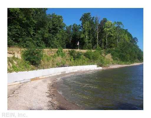 LOT 5 EAGLE BLUFF DR, Surry County, VA 23899 (#1041790) :: Reeds Real Estate