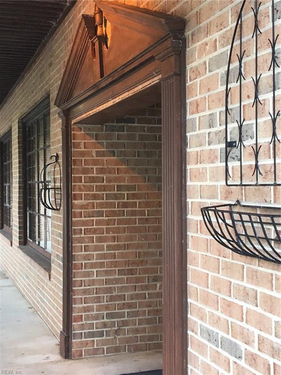 18215 Virginia Ave, Southampton County, VA 23827 (#10143025) :: Austin James Real Estate