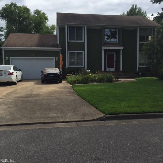 4925 Bradpointe Ln, Virginia Beach, VA 23455 (MLS #10210342) :: Chantel Ray Real Estate