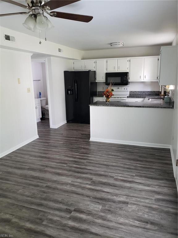 1262 New Land Dr, Virginia Beach, VA 23453 (#10211259) :: The Kris Weaver Real Estate Team