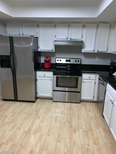 711 Woodbox Dr, Virginia Beach, VA 23462 (#10233300) :: Vasquez Real Estate Group