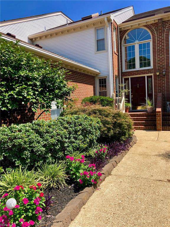 4795 Kempsville Greens Pw, Virginia Beach, VA 23462 (#10272143) :: Rocket Real Estate