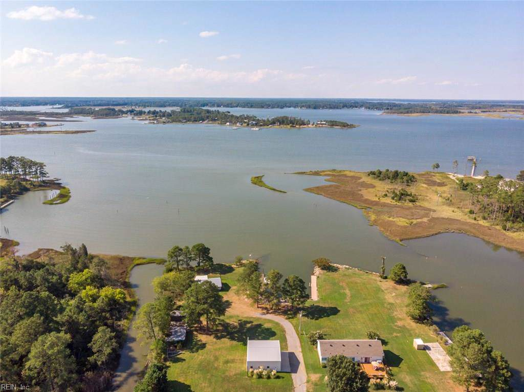 9345 Rowes Point Rd - Photo 1
