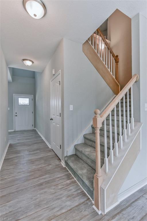 3555 Mangrove Ave, Norfolk, VA 23502 (MLS #10172963) :: Chantel Ray Real Estate