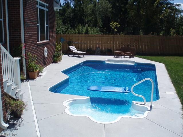5038 Riverfront Dr, Suffolk, VA 23434 (MLS #10176460) :: AtCoastal Realty