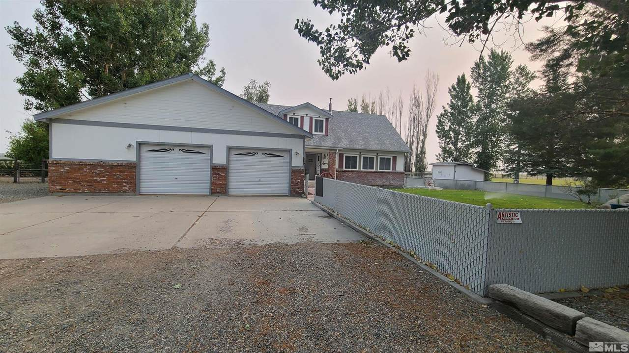 7085 Mcninch Rd - Photo 1