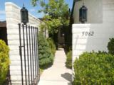 5062 Lakeridge Terrace East - Photo 2