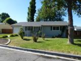 405 Paul Ave - Photo 1