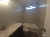5570 Pearl Dr - Photo 3