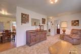 390 Meadow Dr - Photo 10