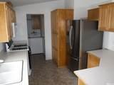 7680 Claridge Pointe Pkwy - Photo 9