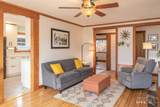1745 Bonneville Ave - Photo 4