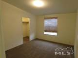 105 Hawk St - Photo 16