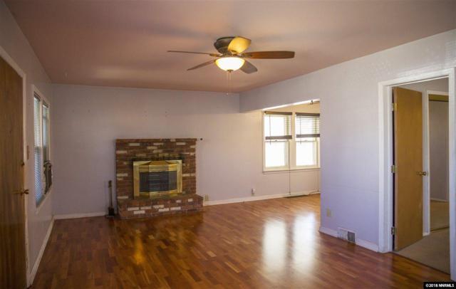 704 Roberts St, Reno, NV 89502 (MLS #180002907) :: Harcourts NV1