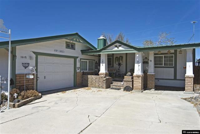 1016 Scott, Fernley, NV 89408 (MLS #180012035) :: Mike and Alena Smith | RE/MAX Realty Affiliates Reno