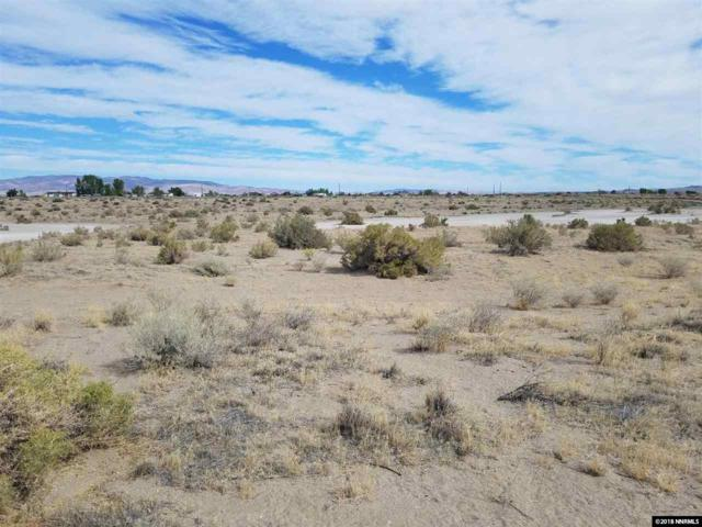 2400 Ermine St, Silver Springs, NV 89429 (MLS #180013916) :: Chase International Real Estate