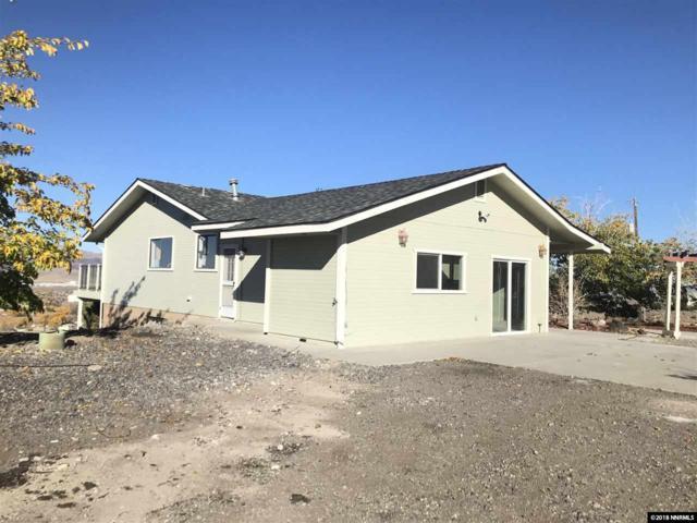 15 Valley View Dr, Fernley, NV 89408 (MLS #180016984) :: NVGemme Real Estate