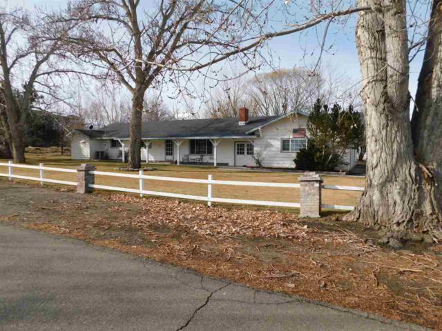 1041 Kerry Lane, Gardnerville, NV 89460 (MLS #190000759) :: Marshall Realty
