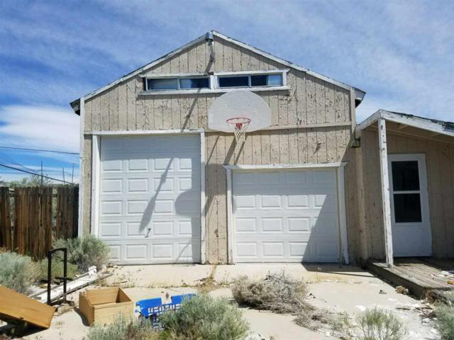 6275 Chimney Dr, Sun Valley, NV 89433 (MLS #190001823) :: NVGemme Real Estate