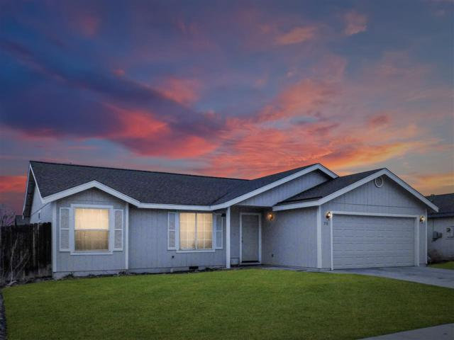 331 Wildrose Drive, Fernley, NV 89408 (MLS #190002014) :: Chase International Real Estate