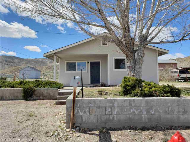 142 Fourth Ave, Yerington, NV 89447 (MLS #190004828) :: Theresa Nelson Real Estate