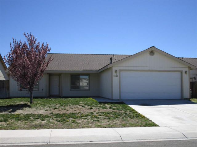 1641 Meadows Ave, Fernley, NV 89408 (MLS #190005181) :: Marshall Realty