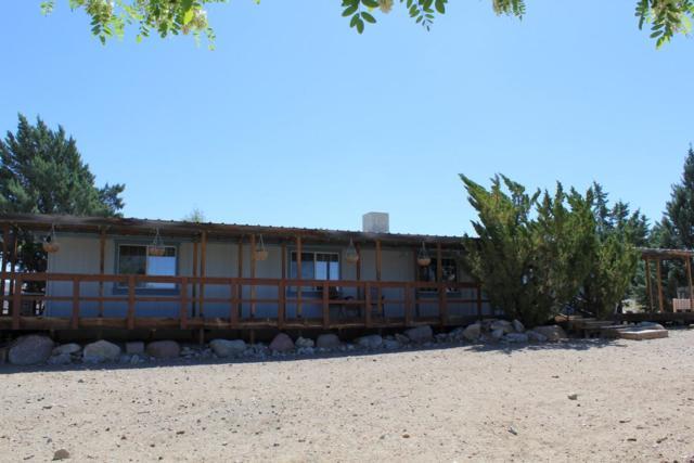 43 S Bybee, Yerington, NV 89447 (MLS #190006329) :: Vaulet Group Real Estate