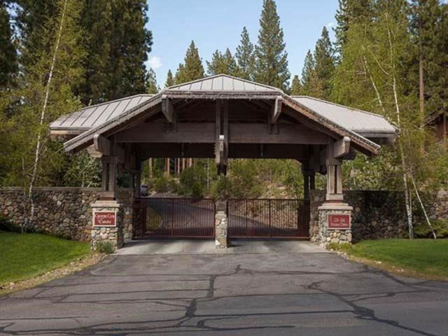 235 Estates Dr, Incline Village, NV 89451 (MLS #190007067) :: Ferrari-Lund Real Estate