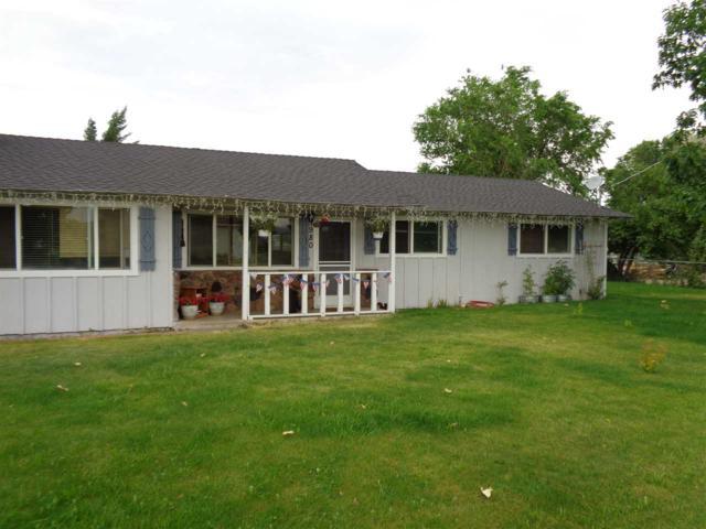 980 Dresslerville Road, Gardnerville, NV 89460 (MLS #190007270) :: NVGemme Real Estate