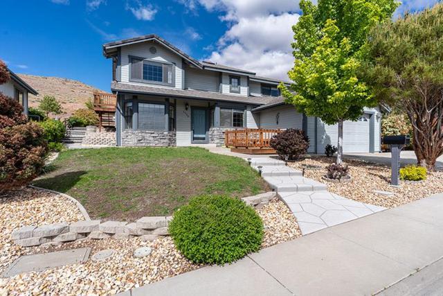 1728 Golddust Drive, Sparks, NV 89436 (MLS #190007354) :: Vaulet Group Real Estate