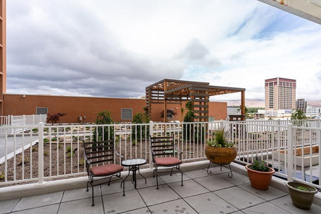 255 N Sierra Street #613 #613, Reno, NV 89501 (MLS #190007584) :: Vaulet Group Real Estate