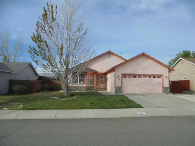 985 Sunview Dr, Carson City, NV 89705 (MLS #190010430) :: Harcourts NV1