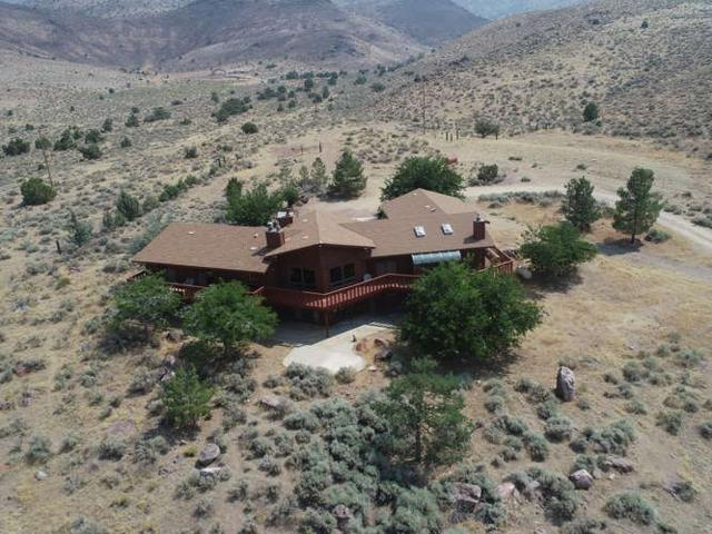 2000 Flagstone Rd, Reno, NV 89510 (MLS #190010583) :: Ferrari-Lund Real Estate