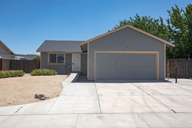 615 Shadow Ln, Fernley, NV 89408 (MLS #190010629) :: NVGemme Real Estate