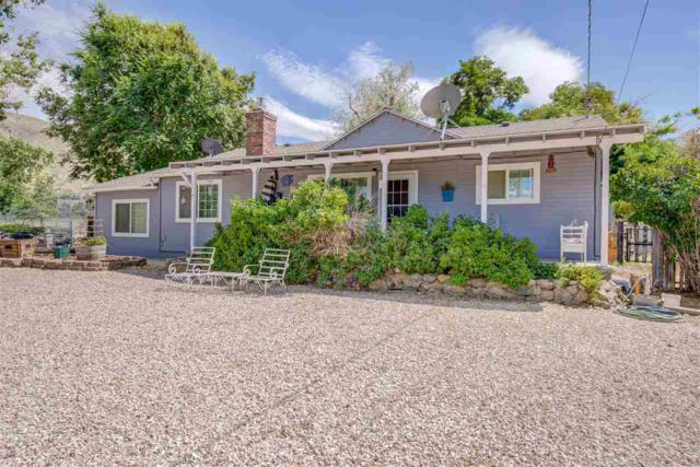 215 Mule Deer Rd, Coleville, Ca, CA 96107 (MLS #190011404) :: Chase International Real Estate