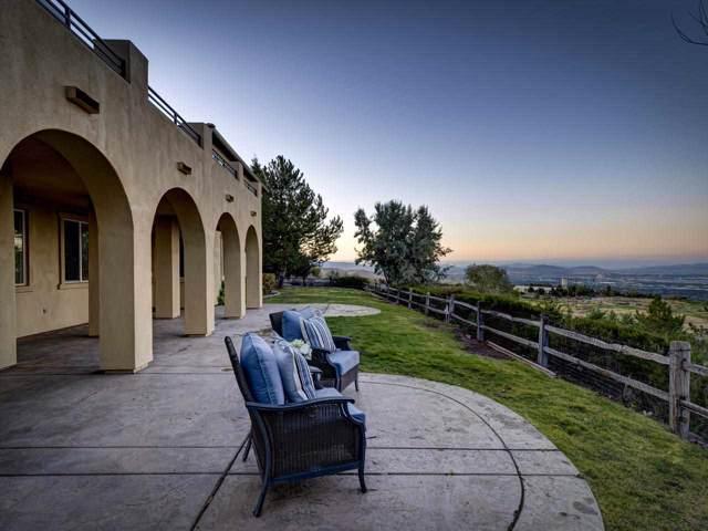 5560 Rue Saint Tropez, Reno, NV 89511 (MLS #190014613) :: NVGemme Real Estate