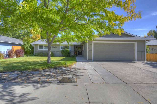 1919 Carriage Crest, Carson City, NV 89706 (MLS #190015621) :: NVGemme Real Estate