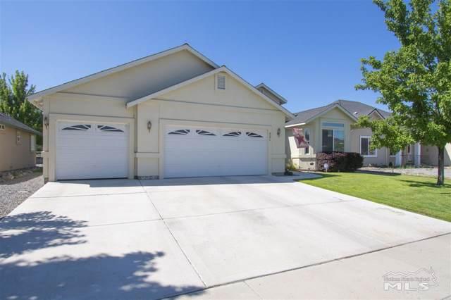 821 Divot Drive, Fernley, NV 89408 (MLS #190017619) :: Vaulet Group Real Estate