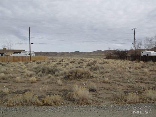 89 Mountain Lane, Yerington, NV 89447 (MLS #200000842) :: Chase International Real Estate