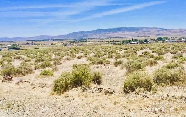 1345 10th St, Silver Springs, NV 89429 (MLS #200001831) :: NVGemme Real Estate