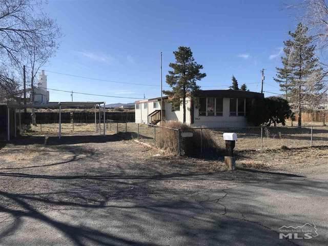 260 Circle Drive, Fernley, NV 89408 (MLS #200002456) :: Chase International Real Estate