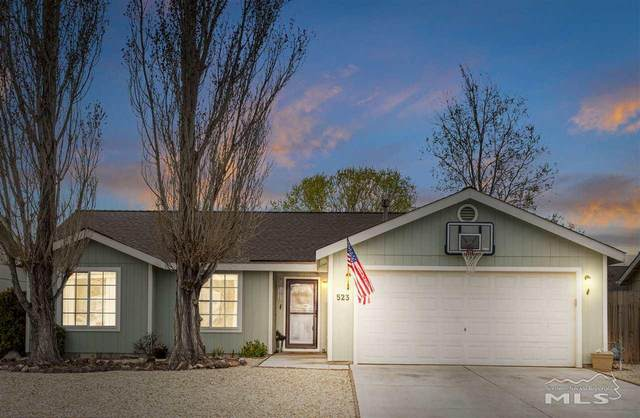 523 Garden Circle, Fernley, NV 89409 (MLS #200003698) :: NVGemme Real Estate