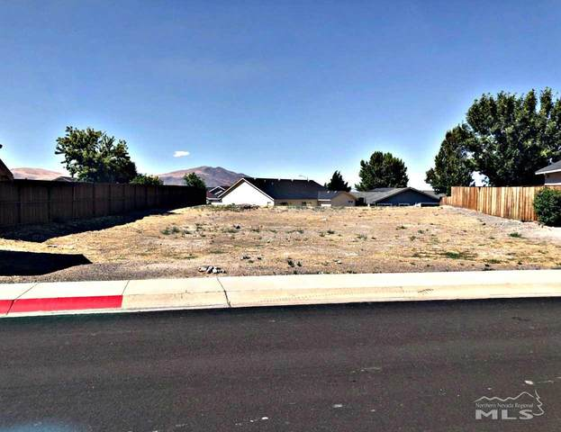 812 Divot, Fernley, NV 89408 (MLS #200004180) :: NVGemme Real Estate
