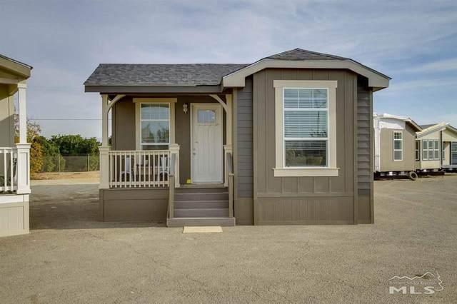 2905 Winnemucca St, Silver Springs, NV 89429 (MLS #200006067) :: Chase International Real Estate