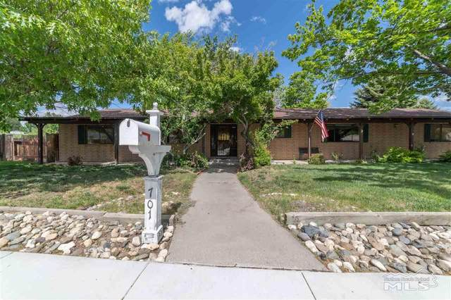 701 Bunker Hill Drive, Carson City, NV 89703 (MLS #200006535) :: NVGemme Real Estate