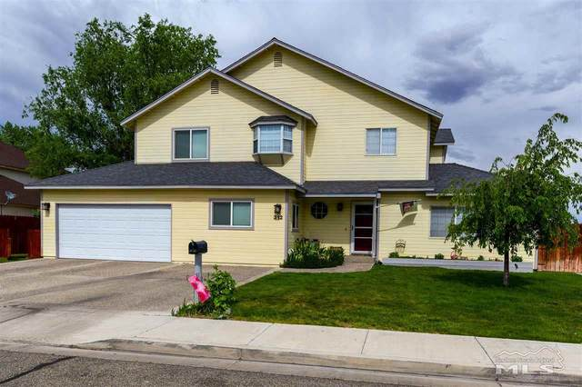 312 Kay Way, Yerington, NV 89447 (MLS #200006873) :: NVGemme Real Estate
